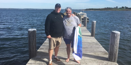 Fishers Island pro dives into the sea to save golf clubs