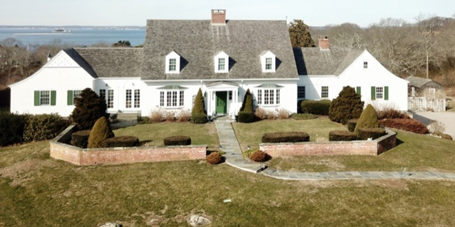 New Mid-Island Listing with Mystic Isle RE