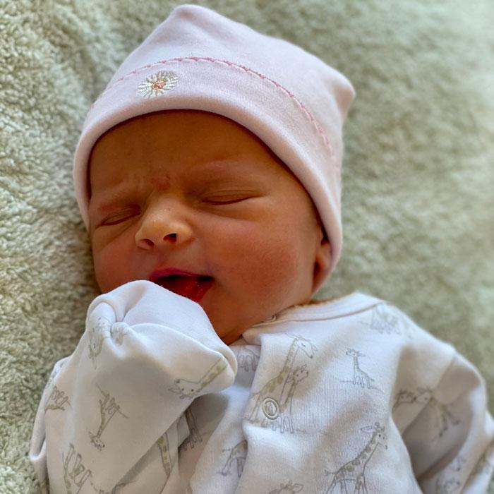 Birth-Riley-Margaret-Hayes-6APR214-Leslie-Sam-Hayes-700SQ